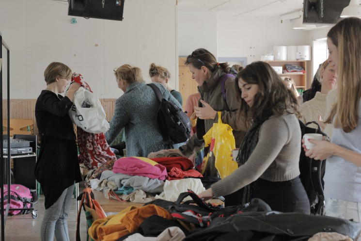 Clothing swap emphasizes sustainability, not money