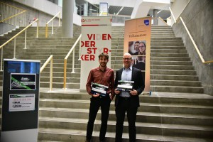 """Kasper Selmar and Morten Madsen won """"Most Innovative Idea"""" with """"No More No Catch"""" (Photo: Startup Weekend)"""