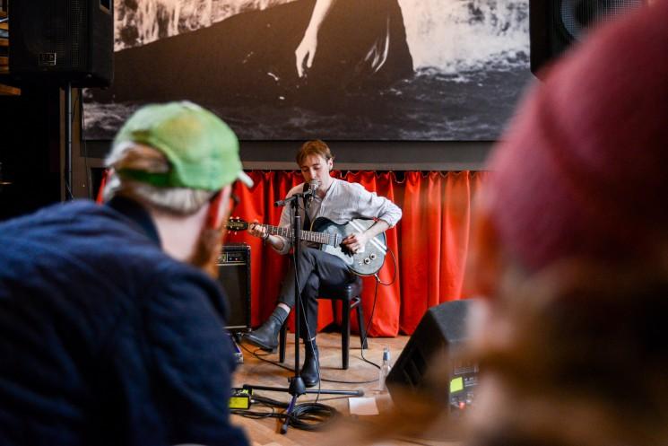 SPOT: Hjalte Ross enchants at Øst for Paradis