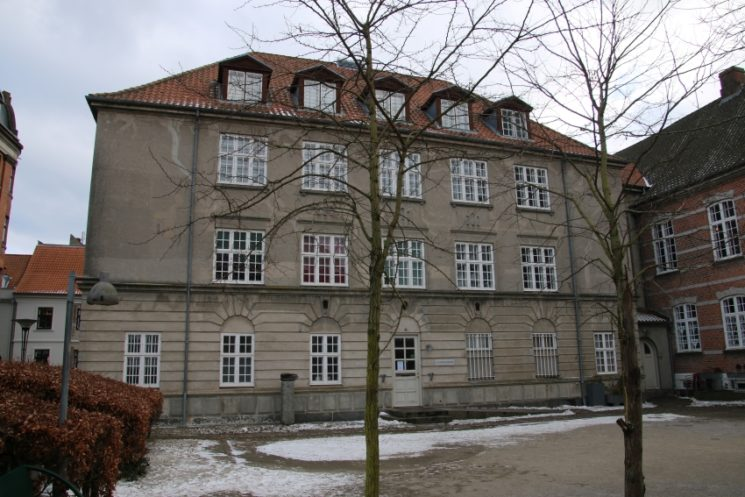 Between good and evil: The many lens of the Second World War occupation in Aarhus